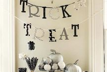 The Sewing Room - Halloween Decoration / Halloween party and shop Decor