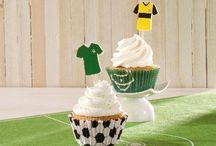 Fussball Party / Hier findet ihr süße Ideen, Pappgeschirr und Dekorationen für eure Fussballparty.