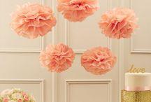 Pom Pom - Wabenball - Rosetten Sets / Mit Pom Poms, Rosetten oder Wagenbällen kann man einen Kindergeburtstag, eine Geburtstagsparty, eine Hochzeit oder eine Babyshower ganz schnell und wundervoll dekorieren.