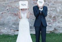 Hochzeitsfoto Ideen - wedding pictures / Hier findet ihr wundervolle und lustige Ideen für ausgefallene Hochzeitsfotos. Die Hochzeitsbilder könnt ihr vom Fotografen oder einfach von lieben Freunden oder der Familie machen lassen.
