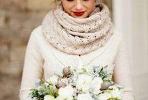 Winterhochzeit / Hier findet Ihr tolle Deko, Ideen, Brautkleider, Hochzeitsblumen, Hochzeitstorten und vieles mehr für Eure Winterhochzeit.