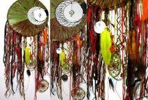 Atrapasueños y Encantamientos del Sur . / Aqui podras encontrar diversos modelos de atrapasueños , tejidos a mano ,diseños unicos.Hechos en Temuco Chile