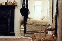 Specchi e divani