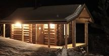 Saunologia.fi - saunamökkiprojekti / Kokoelma Saunologia.fi alla julkaistuja hirrestä veistetyn saunamökkin suunnittelua ja rakentamista käsitteleviä juttuja: hirsien veisto, saunan rakennus ja pääratkaisut