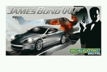 Bond, James Bond !