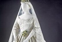 Kleding: historische trouwjurken