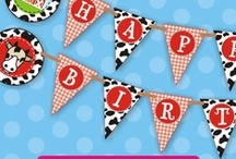 Barnyard Bash / Farm Party Ideas / farm, barnyard, birthday, invitation, cow, horse, pig, chicken, gingham, checked, DIY, digital, printable, girls, boys, ideas, party decor, supplies, decorations, favors, banners, cupcake toppers, food, cookies, cake