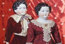 Poppen: China dolls