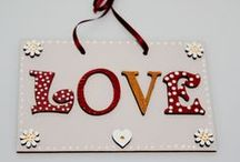 Valentine's Day Craft / A few ideas for Valentine's themed crafts using wooden shapes and letters