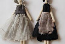 Dolls / poppe