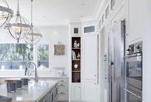 A Natural Evolution / Classic and timeless Cook's kitchen-inspired scheme.