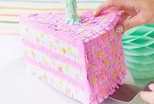 Cumpleaños - Piñatas - / En ningún cumpleaños puede faltar una buena piñata para llenar de ilusión a los más pequeños. ¡Estas son preciosas!
