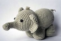 háčkovaní slon, hroch a nosorožec