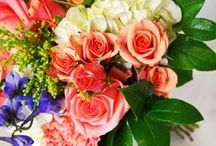 Orange/Peach/Coral Wedding Bouquets / Brighten up your wedding with shades from the orange family!
