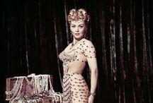 ★ Lana Turner