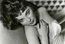 ★ Joan Collins