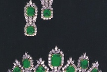Beautiful Jewellery / by Eunice Perkins
