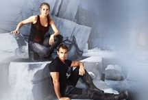 DIVERGENT / They are Dangerous. They are Rebels. They are Divergent.