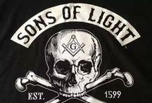 MASONIC INSPIRATION / Helps to keep the light and learn the craft, in order to become more effective in our efforts to elevate the community we live in, and humanity at all. Freemasons Global Fraternity is the most powerful organization of good and righteous men (the exceptions only prove the ideals behind all the influence into the general human moral evolution that the Initiated had been  building through millenniums), which deserves the respect of all good people, just because it truly makes them better.