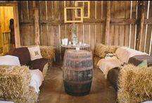 Scheunenhochzeit / Scheunenhochzeit Landhochzeit rustikale Hochzeit #barn wedding #rustic wedding