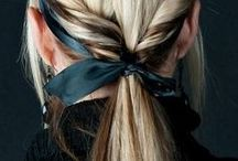 HOW TO WEAR A PONYTAIL