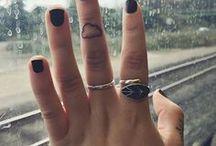 Ini Mini Finger tattoos