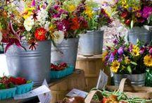 Marchés / Qu'il fait bon flâner sur le marché... prendre un café et rentrer les bras chargés de victuailles fraîches et appétissantes