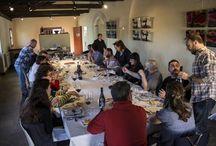 Eventos gastronómicos, enológicos y de todo tipo / Estamos habando de comer y beber disfrutando de una buena mesa, ¿no? pues hay ocasiones que nos invitan a trabajar offline.  Compartimos estas gastroexperiencias