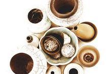 MAISONS / Décoration de la maison, surtout des salons, des objets, et des créateurs..... Objets bruts, artisanaux et sophistiqués.