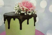 Heavenleigh Cakes Novelty Cakes