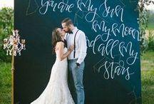 Wedding Photo Booth Backdrop (Ideas) / Backdrop ideas to inspire your wedding photo booth.