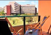 Aparthotel Montehabana / Gaviota Aparthotel Montehabana es un moderno aparthotel situado en la zona residencial de Miramar, muy cerca al mar, en un área llena de oficinas de negocio y de representaciones diplomáticas, tales como centro el comercial de Miramar, también muy cerca a la avenida más famosa: 5ta. Avenida y rodeado por varias tiendas. / by Paseos por La Habana