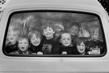 """Elliott Erwitt / Elliott Erwitt (26 July 1928 Paris, France) is an advertising and documentary photographer known for his black and white candid shots of ironic and absurd situations within everyday settings— a master of Henri Cartier-Bresson's """"decisive moment""""."""