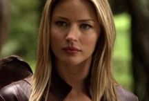Cara Mason - Legend of the Seeker - Mord-Sith - Tabrett Bethell / She often risks her life and almost dies in multiple attempts to save Richard, most notably being tortured in a horrific way involving rats that brings out her unbridled terror in Temple of the Winds. She cares deeply for Richard as his bodyguard.  She has become the closest protector to Richard, due to her ability to travel in the sliph after taking the magic of the messenger, and is considered the unofficial leader of the Mord-Sith.