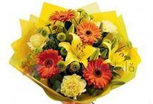 Buchete crini / Lily bouquets / http://www.florariamobila.ro/buchete-de-flori/buchete-crini.html