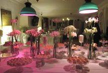 Matrimoni / Una suggestiva abitazione a Trastevere per festeggiare le nozze con gli amici. Il nostro banqueting in veste nuziale per esaltare i sapori autunnali con pietanze a base di zucca, radicchio, castagne e legumi. E un gateau de marriage come un prato fiorito