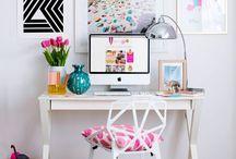 Homeoffice // Büro / Inspirationen für das Büro Zuhause. Schreibtisch // Stühle // Bilder // Dekorationen