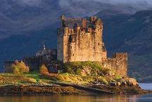hrady a kostely