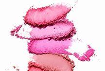 Beauty // Kosmetik & Pflege / Beauty Flatlays und schöne Produkte