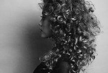 Haare / Frisuren, Farbe und Haarschnitt