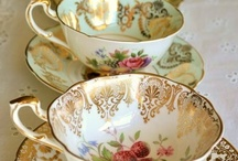 Dishes / Cups and Saucers / Teapots / by Maria Helena Lacerda