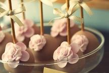 We Love Cake Pops!