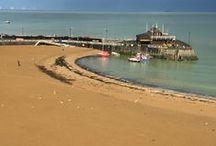 seaside details / sea. prom. pier. sand. stones. boats. coast. beach towns.