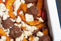 Fleischgerichte / Bei diesen Rezepten ist die Hauptzutat Fleisch. Ganz egal von welchem Tier und wie zubereitet.