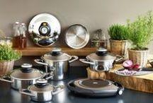 Productos AMC / Déjate cautivar por su calidad superior, diseño excepcional y versatilidad. La batería de cocina AMC, es apta para todo tipo de cocinas y fácil de mantener y limpiar