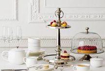 High tea stand  / It's tea time!
