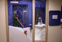 Christmas decoration - doors - bulletin boards / Διάφορες ιδέες και κατασκευές για διακόσμηση σε πόρτες και πίνακες τάξης .