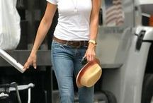 WHITE TEE & JEANS / Simple Styling - White Tee and Jeans