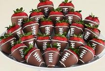 Healthy Superbowl / The NFL Superbowl is right around the corner and we know it's notorious for high calorie foods and sugary drinks! Ditch the old routine and incorporate some of these healthy ideas to the football party!