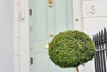 beautiful doorways / Ideas and inspiration for painting and decorating your front door. This board includes front door colour scheme ideas and colourful front garden ideas.